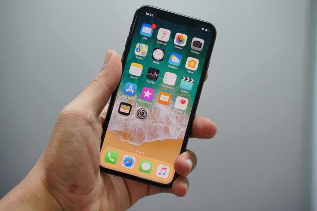 Layar Sentuh Touchscreen iPhone Tidak Responsif